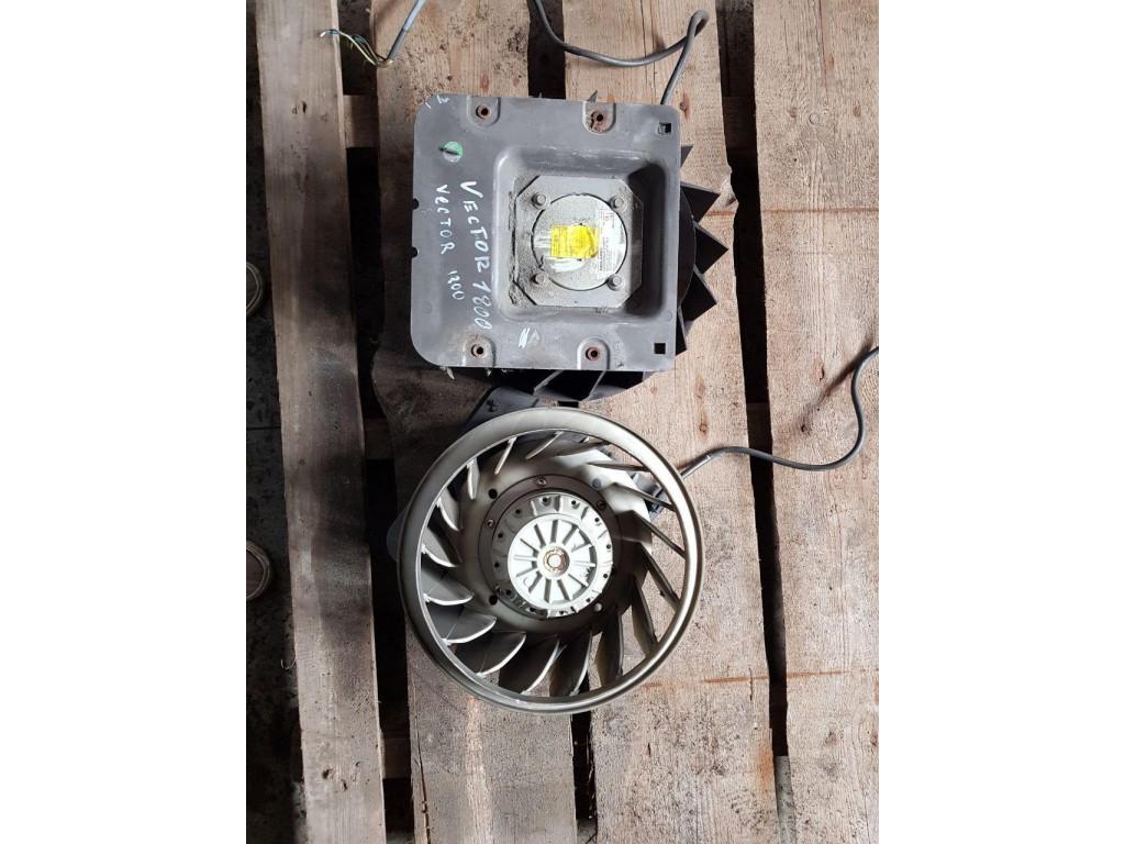 Вентилятор испарителя Холодильное оборудование CARRIER VECTOR 1800Mt 2005